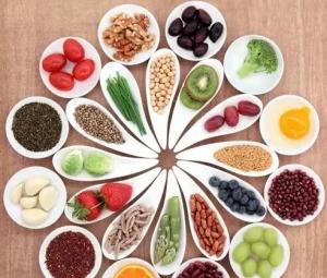 外出用餐时,怎样才吃得健康